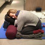 CORONAPAUSE <br>Restorative - genopbyggende Yoga <br>Sted: LADEN yoga & pilates<br>Ny Hornstrupvej 139, 7100 Vejle